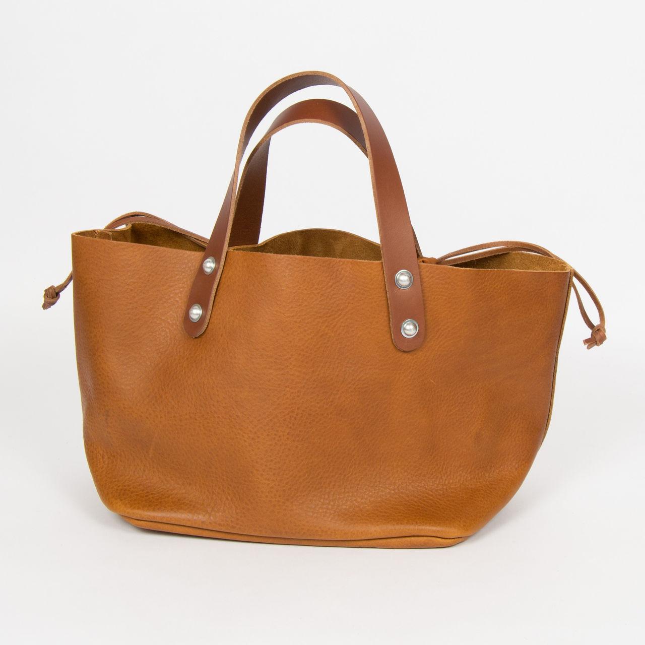 boutique la femme sacs estellon sac estellon pigalle heritage cuoio. Black Bedroom Furniture Sets. Home Design Ideas